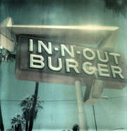 In-n-out-burger-hollywood-4021-featured